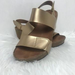 Clarks Auriel Gold Fin Wedge Sandals
